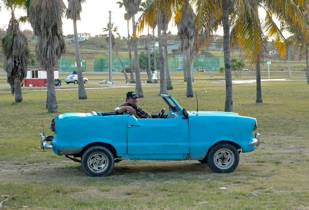 voiture-cuba-plage-google-wordpress-daniel-fohr