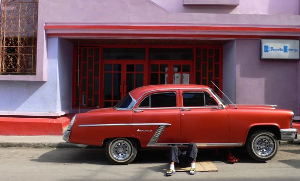 voiture-rouge-cuba-la havane-wordpress-daniel fohr
